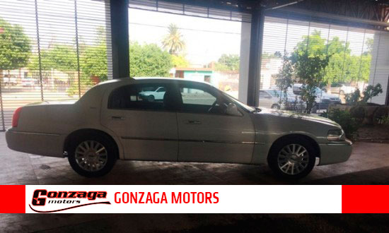 Lincoln Cartier 2004- Gonzaga Motors lleno